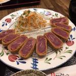 あらじん - 料理写真:牛カツ(ほぼ生)