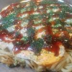 お好み焼きえん - 料理写真:肉玉そば(570円)