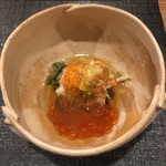 118741781 - 先付 せこ蟹とせこ蟹味噌 原木椎茸の壬生菜にイクラと出汁ジュレ掛け