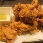 全国日本酒×和食個室居酒屋 うまい門 - 鶏の唐揚げ