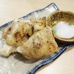Aburishimizu - 豚足塩焼き(中) 450円