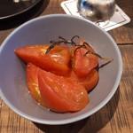 SCHMATZ - トマトマリネ500円は高いなぁ