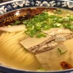 118749671 - 牛肉麺