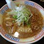 いせのじょう - 料理写真:みそラーメン(750円)