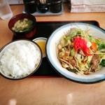 お食事処 藤 - 野菜炒め定食 730円