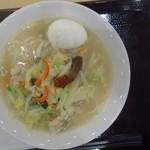 桶狭間タンメン - 料理写真:桶タン塩味+玉子