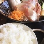 西村商店 - ご飯にダンプ