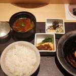 焼肉 強小亭 - 鳥取産ご飯