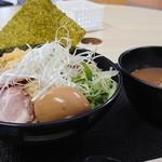 らーめん麺蔵 - 味玉特製魚介つけ麺(中盛)  930円