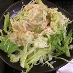 中華居酒屋 美味軒 - サラダ