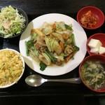 中華居酒屋 美味軒 - 八宝菜定食