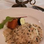 シェ・ブラウゼ - 白身魚のムニエル 大葉とベルギーエシャロット 白ワインソース