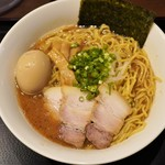 118865801 - 味玉中華そば 930円(麺・大盛)