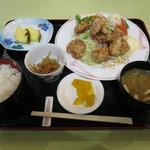 レストラン 函岳 - ザンギ定食