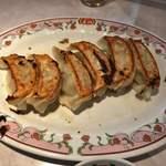餃子の王将 - 料理写真:餃子6個よく焼き
