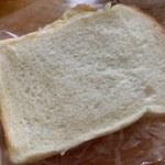 118867679 - 食パン 3枚 150円