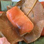 柿の葉おすし山の辺 - 鮭♡