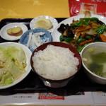 大衆酒場 酔仙 - ししとうと豚肉炒め定食770円