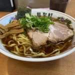 龍聖軒 - 料理写真:醤油らーめん 大盛