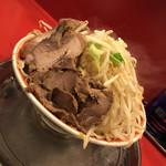 ラーメン タロー - 2019/11/1 ランチで利用。 小ラーメン豚入り(850円) ヤサイニンニクアブラ