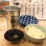 初かすみ酒房 - 料理写真:熱燗^^and ポテサラwww