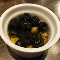 ピッツェリア バル ナプリモ-オリーブ