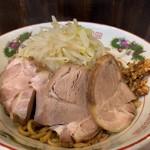 肉汁らーめん 公 - 焼きラーメン中豚
