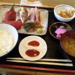 11890971 - 刺身定食1000円