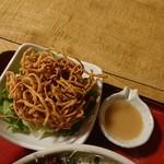利右エ門そば - 蕎麦サラダ