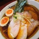 クローバー - チャーシュー麺アップ