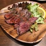 ワニバル - カンガルーのランプステーキ(3人分)