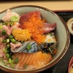 個室居酒屋 酒蔵季 - 上から海鮮丼