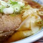 118917226 - ワンタン麺