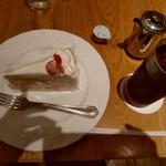 デリス - CAKE SET(ショートケーキ&アイスコーヒー)