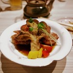 Yachiku - 若鶏の炙りステーキ・完熟ソース