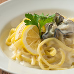 牡蠣のホワイトクリームパスタ