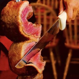 豪快な塊肉を心行くまで