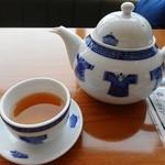 謝朋殿 - お茶