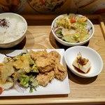 pier69 - 唐揚げ+並盛+グリーンサラダ