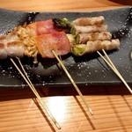 地酒蔵大阪 - 芳寿豚の野菜巻き♪(左からみょうが、えのき、アスパラ)