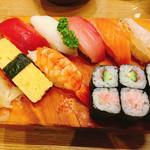 司鮨 - 料理写真:ランチ握り寿司