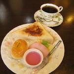 カフェ ド ラペ - 料理写真:シナモントーストモーニング