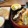 三城 - 料理写真:ミニ丼とミニ蕎麦セット(¥1232税込み)