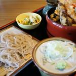 三城 - 天丼、そして手打ち蕎麦のバランス良し(ライトな味わいですがイケます)