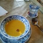 カントリーダイナー - かぼちゃのスープ。メイン料理の前にきます