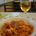 ミオ・パスタ - 本日のランチC 小海老とモッツアレラチーズのトマトパスタ、サラダ、ドリンク付きます