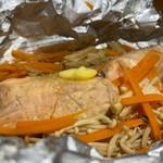 クラフト.ジム&カフェ - 鮭のバター醤油ホイル焼き