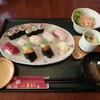 すし処魚らく - 料理写真:にぎり「松」¥1,680