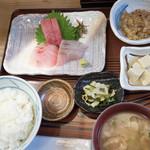 船宿割烹 汐風 - 上刺盛定食1320円