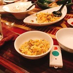 男前料理 虎ノ門 はらから hara-kara - 秋鮭と高菜のチャーハン